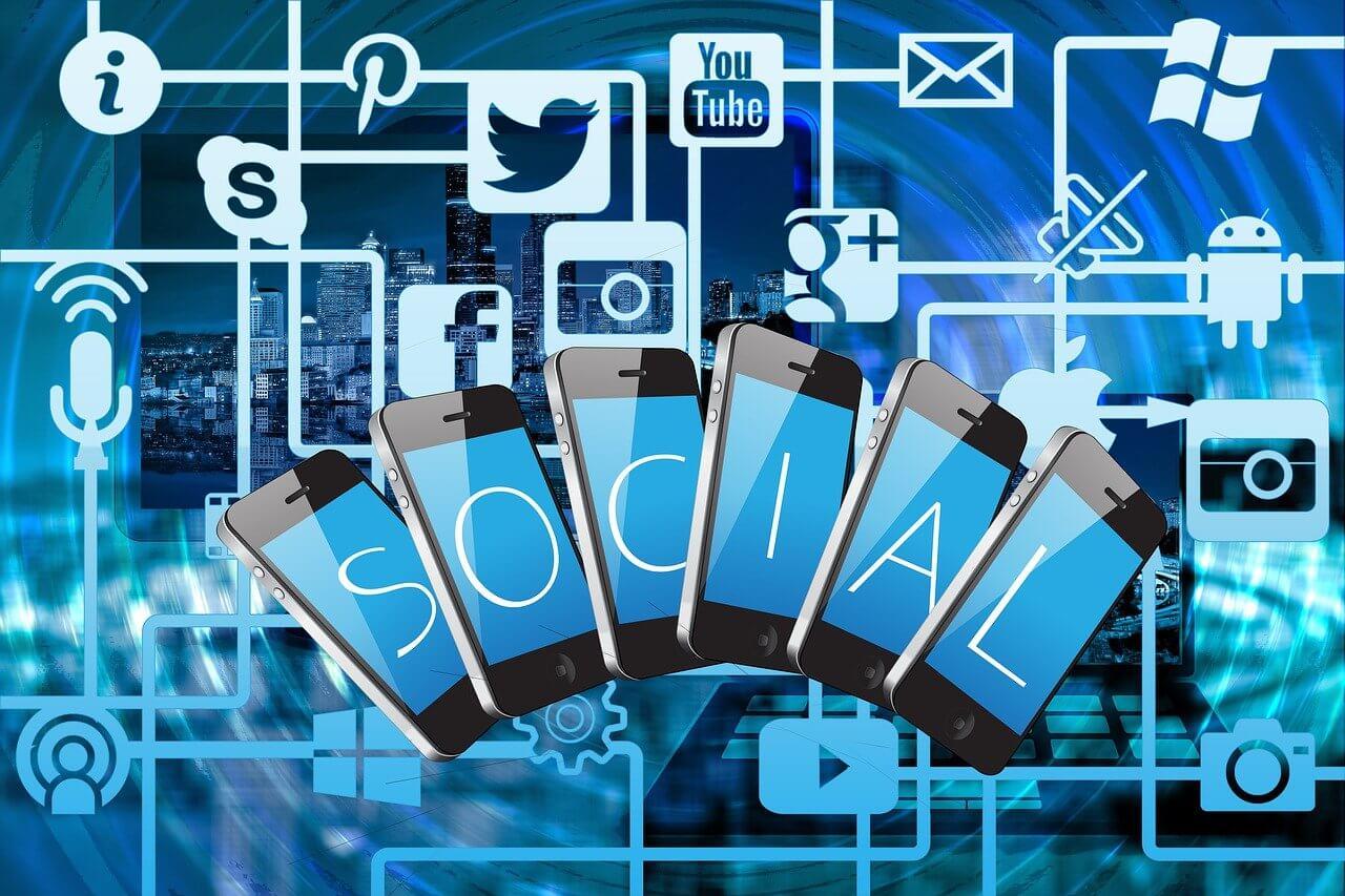 Social Media Multistream